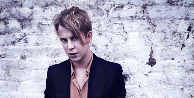 CD Review: Tom Odell – Wrong Crowd
