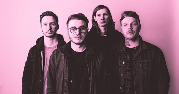 moose-blood-press-shot
