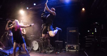 Livereview: War On Women & Petrol Girls, Kesselhaus Wiesbaden, 12.06.2019
